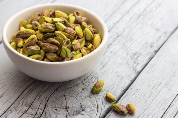 pistachios_feeding_diet_wellnes _lake_of_como